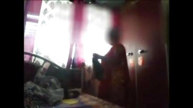 सुनहरे बालों सेक्सी वीडियो एचडी मूवी हिंदी में वाली लूट का माल के साथ अंतरजातीय