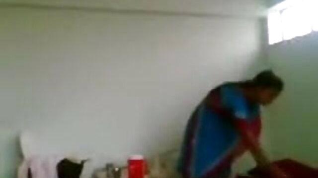 सुनहरे बालों वाली MILF नायलॉन मोज़ा dildo के बिल्ली सेक्सी एचडी फुल मूवी वीडियो fucks