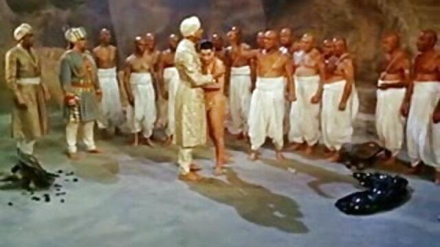 त्रिशंकु काले कमबख्त 2 समलैंगिक हिंदी एचडी सेक्सी मूवी कंडोम