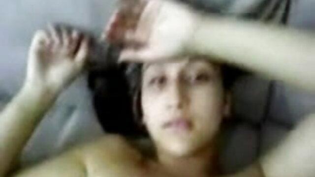 लातीनी एचडी सेक्सी मूवी हिंदी के साथ कच्चे कट्टर कंडोम