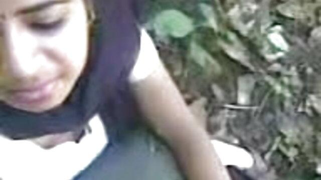 असली सींग का बना 18 साल पुराने रेड इंडियन बेब गड़बड़ जंगली एचडी में हिंदी सेक्सी मूवी