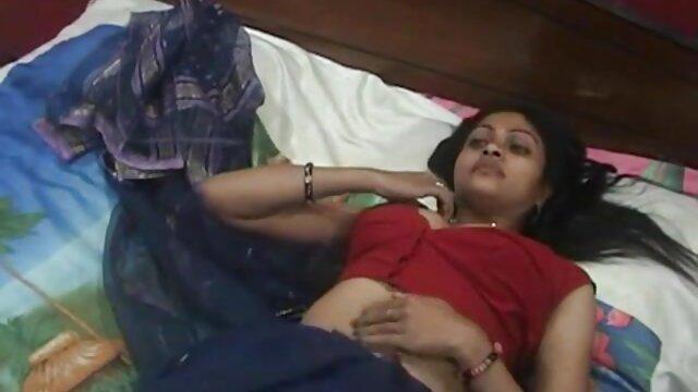 लड़कियों पूल पार्टी हिंदी वीडियो फिल्म सेक्सी एचडी के साथ