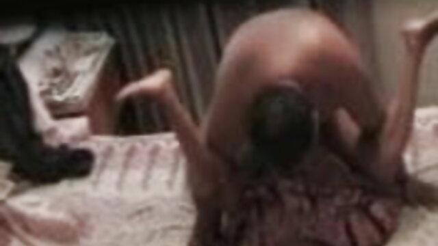 एशियाई जानेमन सेक्सी मूवी हिंदी एचडी एक पोशाक में
