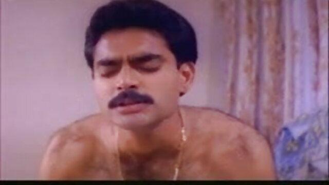 मेगा मुर्गा सेक्सी फिल्म एचडी फुल वीडियो वह पुरुष मरोड़ते