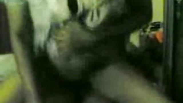 सेक्स के साथ हिंदी पिक्चर सेक्सी मूवी एचडी एक टेडी बियर