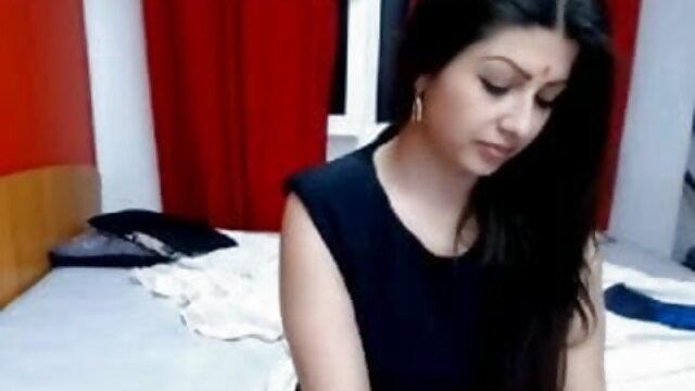 सुंदर सेक्सी एचडी वीडियो मूवी एशियाई नर्स से पता चलता है