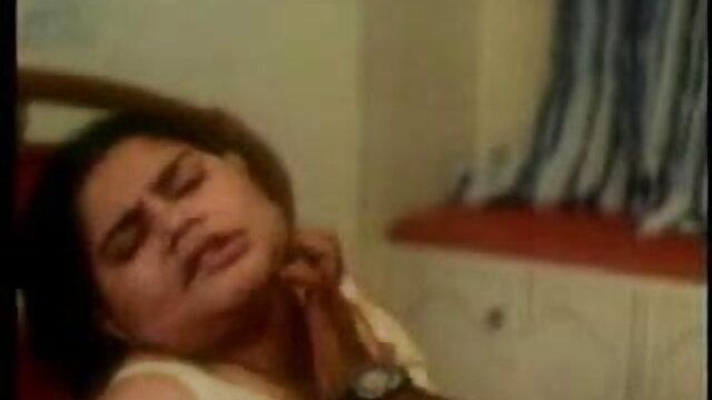 माँ-चरण माँ हिंदी सेक्सी वीडियो फुल मूवी एचडी सींग का बना हुआ बेटा