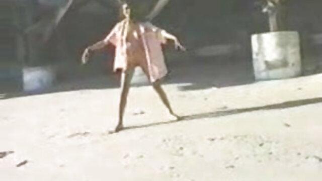 बड़े स्तन वह पुरुष सह सेक्सी फिल्म हिंदी में फुल एचडी थूकना